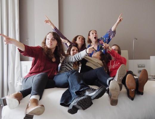 Quelques blogueuses qui assistaient aux entrevues dans ma chambre de l'hôtel Pullman