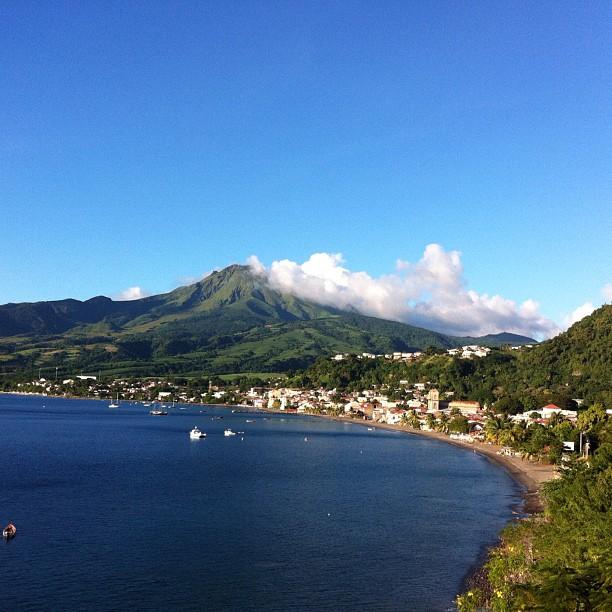 Montagne pelée, vue depuis la baie de St-Pierre
