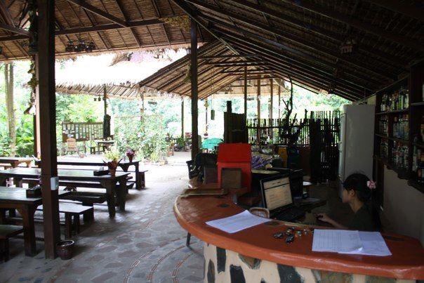 Lobby (avec WiFI!) d'Elephant Hills