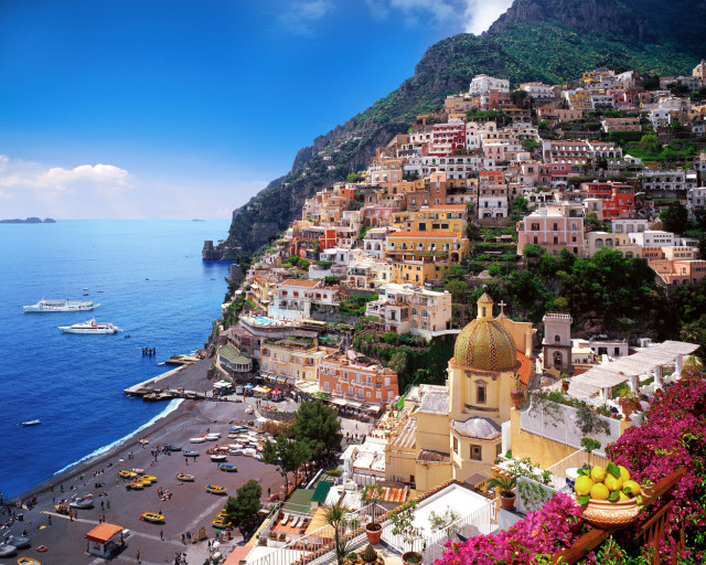 Positano, Italie (Source image: toptenlists)