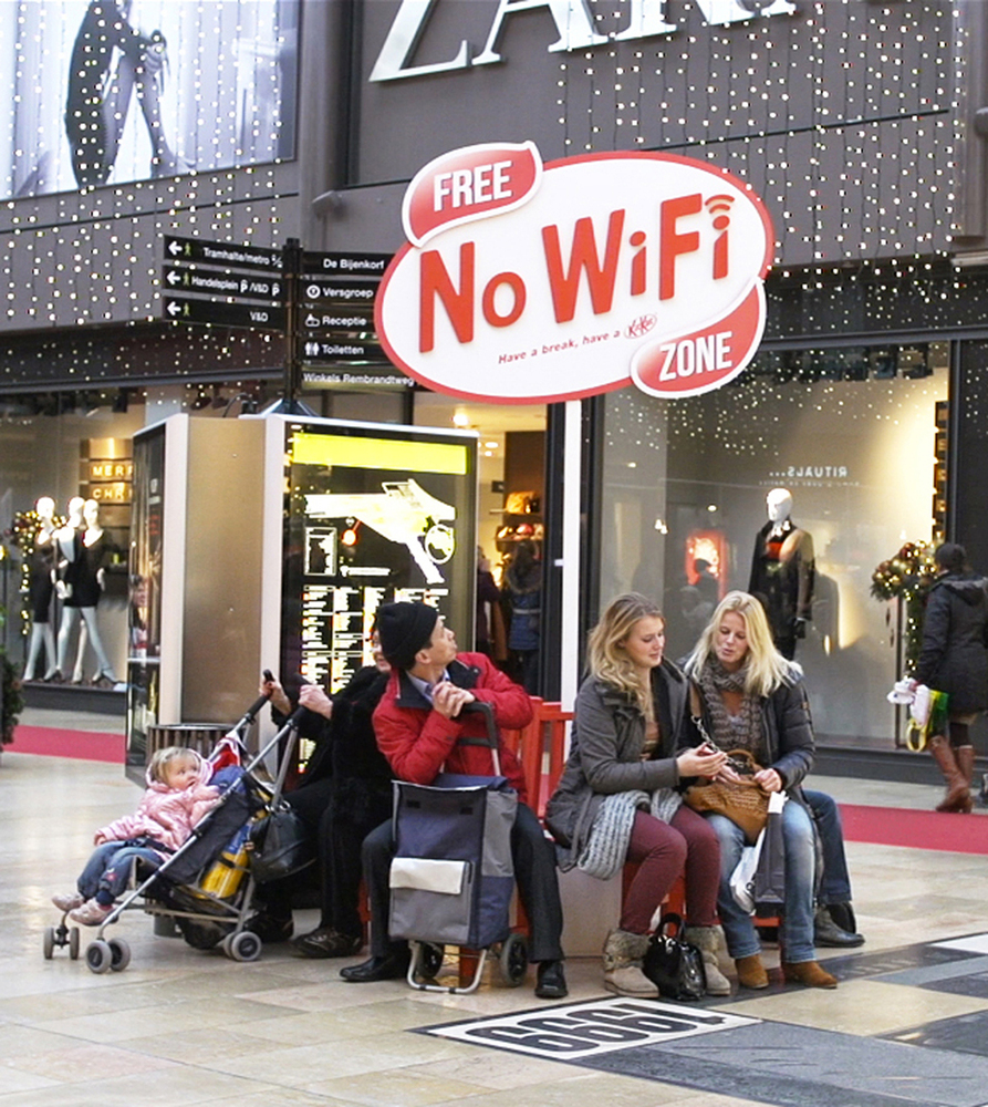 94532-kit_kat_free_no-wifi_zone_-_amsterdam_2-xlarge-1365634260