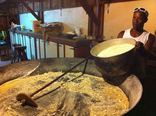 Fabrication de farine de manioc