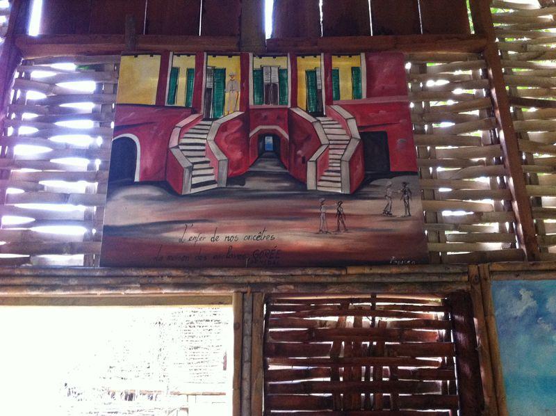 Toile réalisée par un artiste de l'île de Gorée, au Sénégal, symbole de la mémoire de la traite négrière en Afrique.