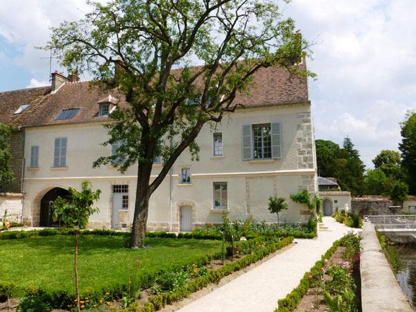 Maison de Cocteau à Milly-la-forêt (source image: Côté Maison)