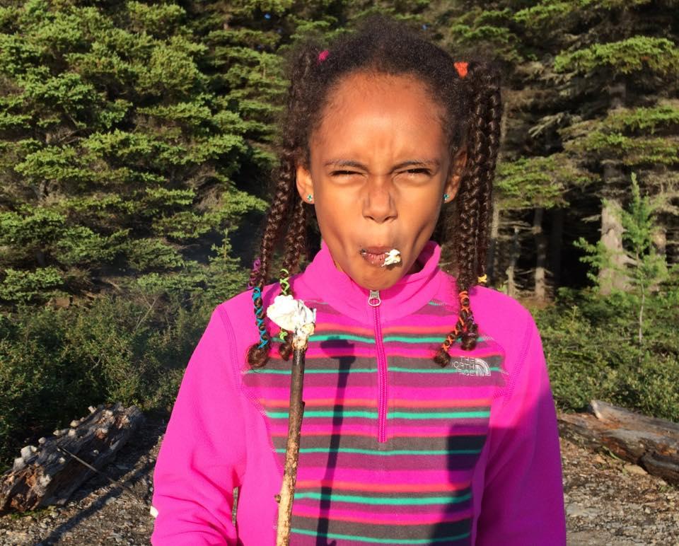 Ma fille a développée une certaine expertise en matière de guimauves grillées...